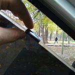 Ухода за тонированными стеклами авто
